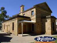 Beechworth Court House . . . CLICK TO ENLARGE
