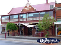 Wangaratta Grand Central Hotel . . . CLICK TO ENLARGE