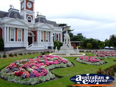 Ararat town hall and gardens photograph ararat town hall Better homes and gardens website australia