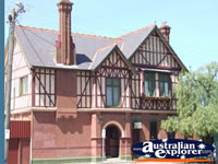 Warracknabeal Post Office . . . CLICK TO ENLARGE