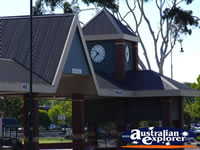 Morwell Clock . . . CLICK TO ENLARGE
