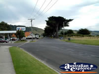 Apollo Bay Street . . . CLICK TO ENLARGE