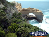 Great Ocean Road the Arch in Victoria . . . CLICK TO ENLARGE