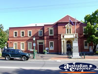 Healesville Memorial Hall . . . CLICK TO ENLARGE