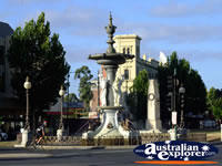 Bendigo Fountain . . . CLICK TO ENLARGE