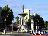 Lovely Fountain in Bendigo . . . CLICK TO ENLARGE