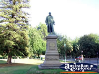 Bendigo Statue George Lansell . . . CLICK TO ENLARGE