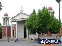 Castlemaine Tourist Information . . . CLICK TO ENLARGE