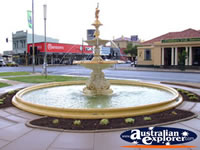 Mildura Fountain . . . CLICK TO ENLARGE