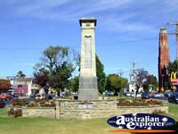 Bairnsdale Memorial . . . CLICK TO ENLARGE