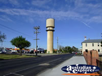 Bairnsdale Water tower . . . CLICK TO ENLARGE