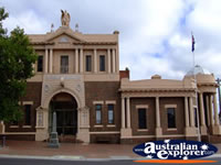 Leongatha Memorial Hall . . . CLICK TO ENLARGE