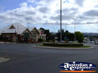 Leongatha Street Roundabout . . . CLICK TO ENLARGE