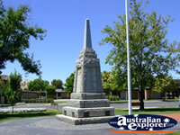 Wodonga Memorial . . . CLICK TO ENLARGE