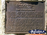 Beechworth Court House Plaque . . . CLICK TO ENLARGE