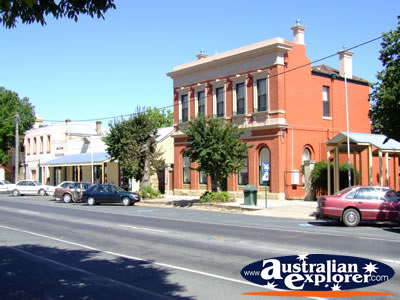 Sunny Beechworth Street . . . CLICK TO VIEW ALL BEECHWORTH POSTCARDS