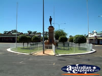 Kalgoorlie Memorial . . . CLICK TO ENLARGE