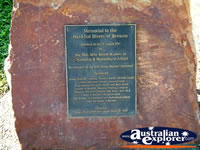 Broome Memorial to Hard Hat Divers Plaque . . . CLICK TO ENLARGE