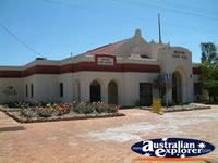 Mullewa Town Hall . . . CLICK TO ENLARGE