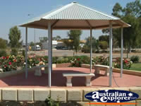 Meckering Gazebo on Way to Merredin . . . CLICK TO ENLARGE