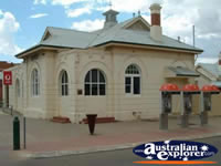 Merredin Post Office . . . CLICK TO ENLARGE