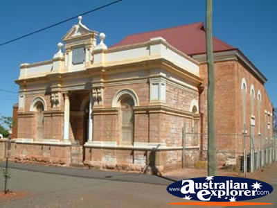 Kalgoorlie Building . . . CLICK TO VIEW ALL KALGOORLIE POSTCARDS