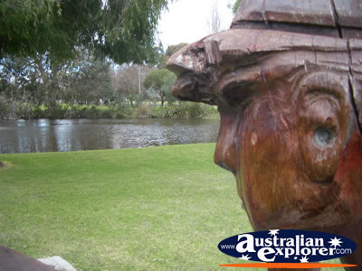 Arthur Norah Breeden Park Wood Carving . . . CLICK TO VIEW ALL BUSSELTON POSTCARDS
