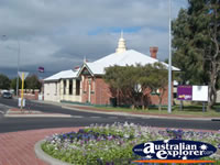 Pretty View of Busselton Courthouse Arts Complex . . . CLICK TO ENLARGE