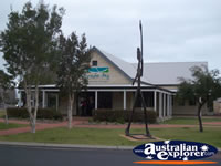 Busselton Visitor Centre . . . CLICK TO ENLARGE
