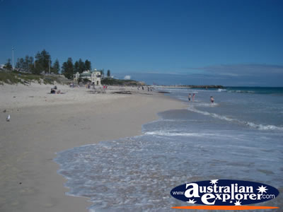View of Perth Cottesloe Beach . . . VIEW ALL PERTH BEACHES PHOTOGRAPHS